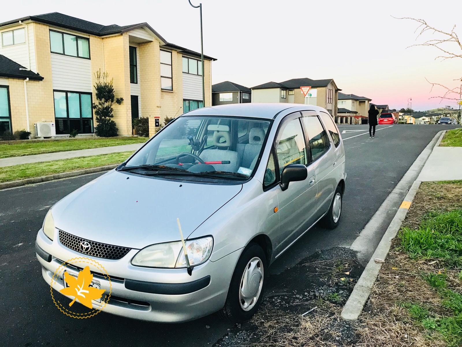 Toyota Spacio 1998